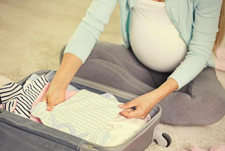 como-organizar-a-mala-de-maternidade